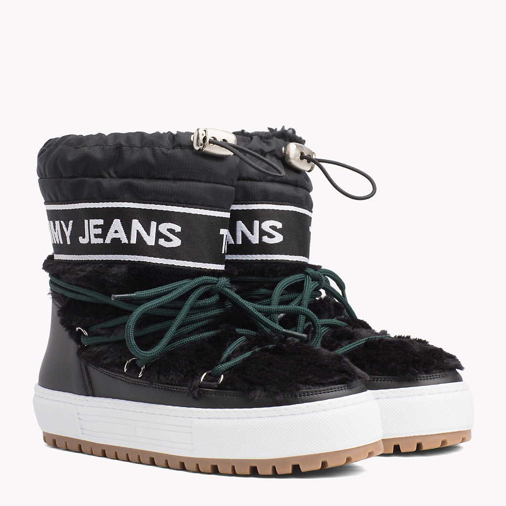 Tommy Hilfiger - Repeat Logo Snow Boots - 1