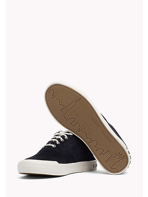 TOMMY HILFIGER Sneakers Heritage in suede - MIDNIGHT - TOMMY HILFIGER Sustainable Evolution - dettaglio immagine 1
