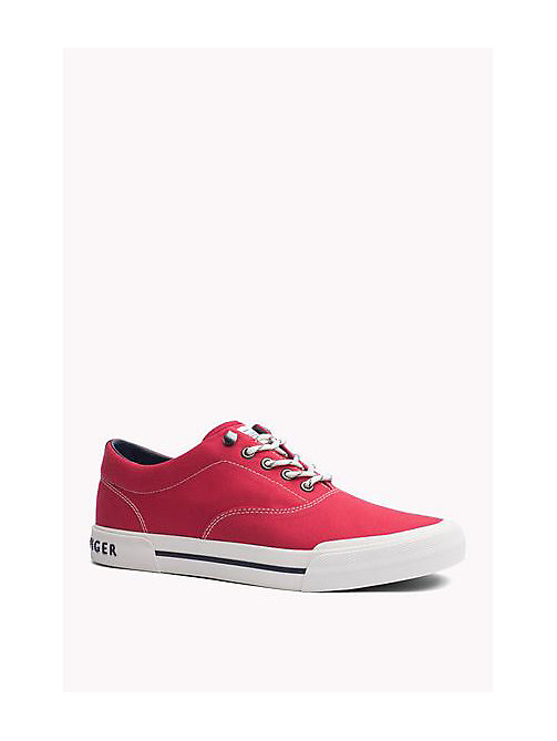 TOMMY HILFIGER Heritage Suede Trainers - TANGO RED - TOMMY HILFIGER Sustainable Evolution - imagen principal