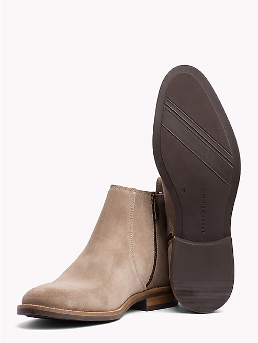 TOMMY HILFIGER Classic Suede Chelsea Boots - TAUPE GREY - TOMMY HILFIGER What to wear - detail image 1