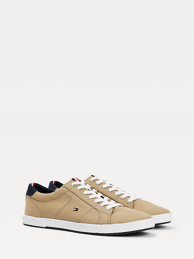beige iconic contrast panel trainers for men tommy hilfiger