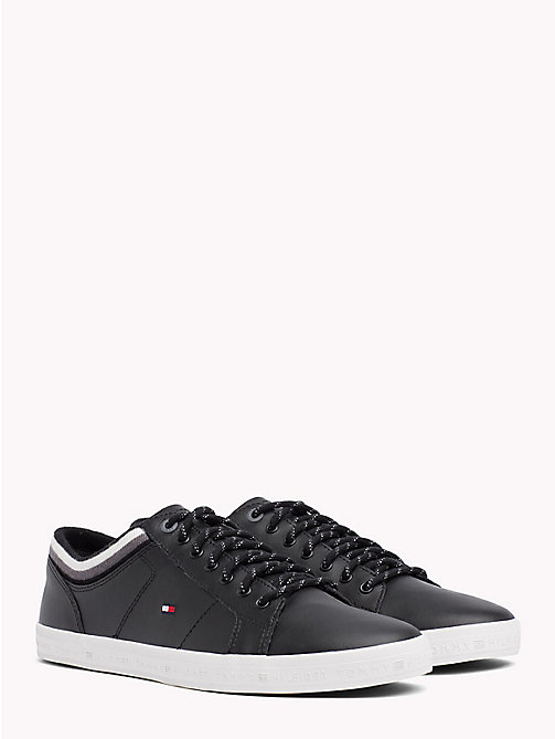 TOMMY HILFIGER Gestreifter Low-Top-Sneaker - BLACK - TOMMY HILFIGER Sneakers - main image