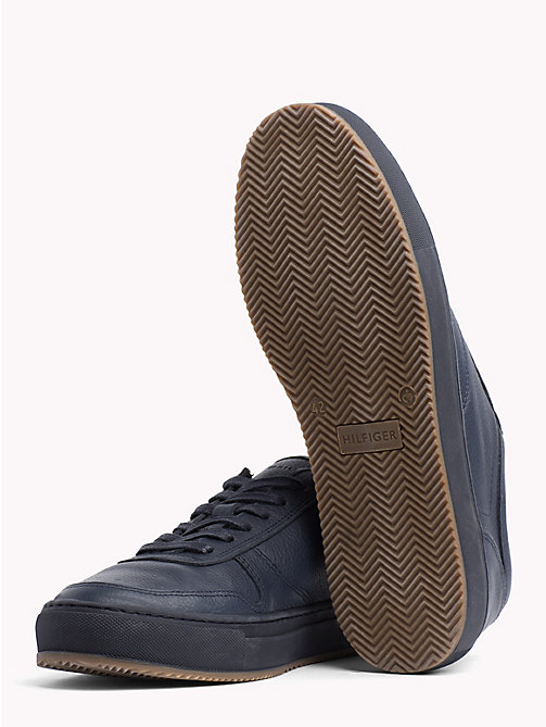 TOMMY HILFIGER Low-Cut Sneaker aus Narbenleder - MIDNIGHT -  NEW IN - main image 1