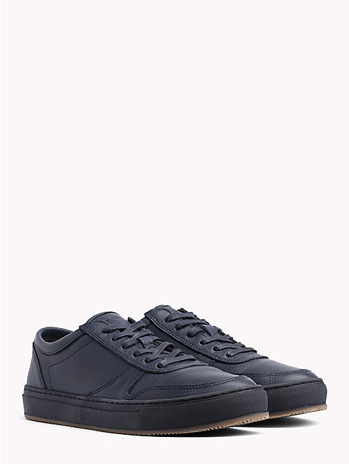 TOMMY HILFIGER Baskets basses en cuir grainé - MIDNIGHT - TOMMY HILFIGER Baskets - image principale
