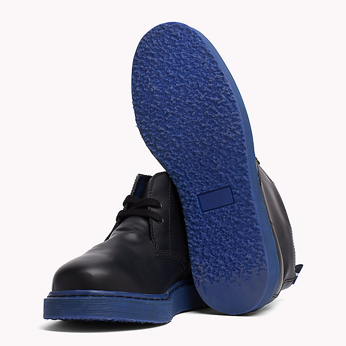 TOMMY HILFIGER Contrast Sole Desert Boot - BLACK/BARBADOS CHERRY - TOMMY HILFIGER Shoes - detail image 1