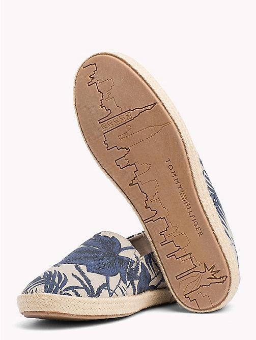 TOMMY HILFIGER Summer Print Slip-Ons - TROPICAL LEAF PRINT - TOMMY HILFIGER Summer shoes - detail image 1
