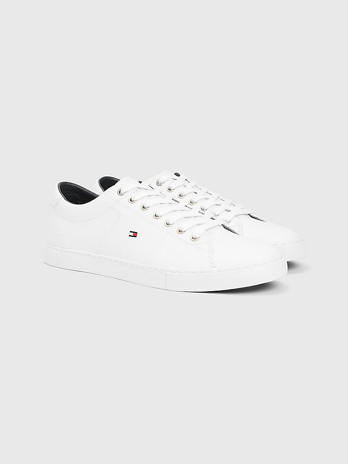 sneakers stringate in pelle essential bianco da uomo tommy hilfiger