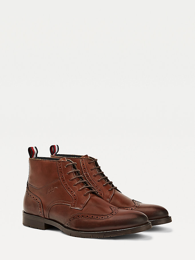 braun lace-up lederstiefel im brogue-design für men - tommy hilfiger