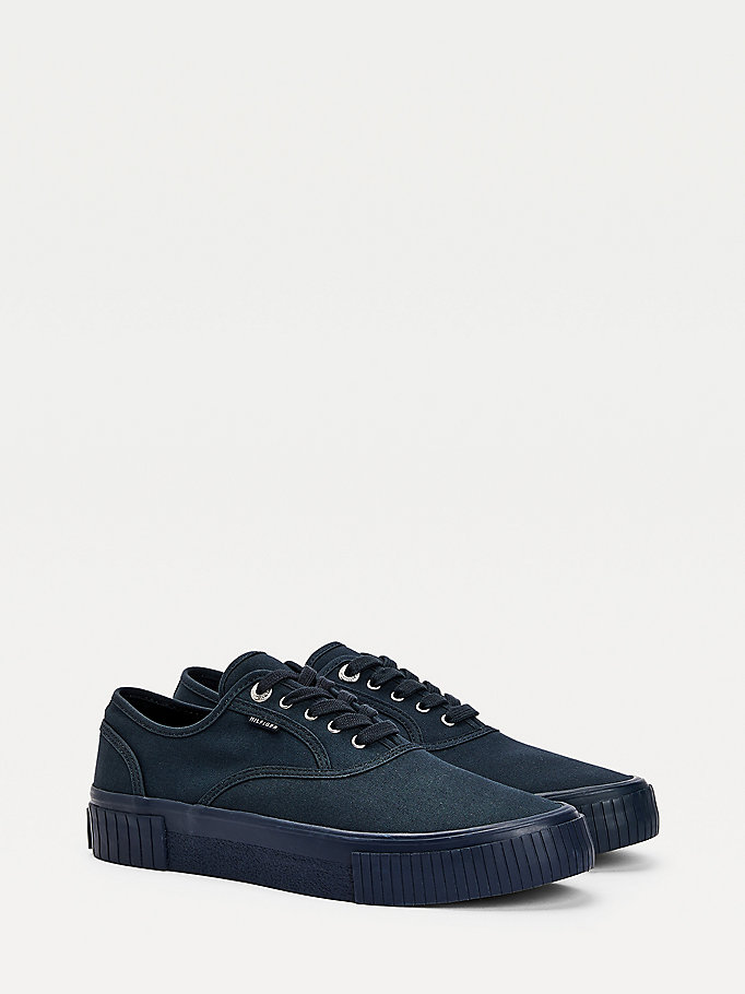 baskets elevated en coton bio bleu pour hommes tommy hilfiger