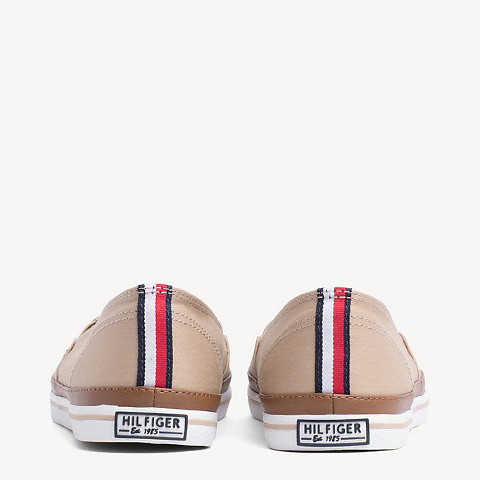 TOMMY HILFIGER Sneakers slip on con finitura a contrasto - WHISPER WHITE - TOMMY HILFIGER Donne - dettaglio immagine 2