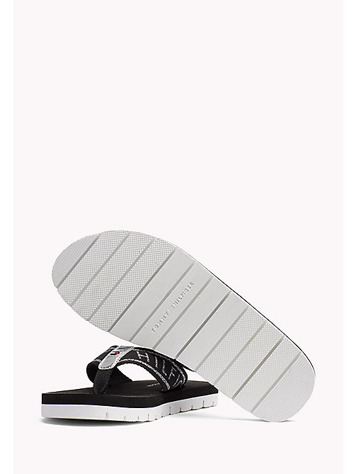 TOMMY HILFIGER Sandales de plage flexibles - BLACK - TOMMY HILFIGER Tongs & Sliders - image détaillée 1