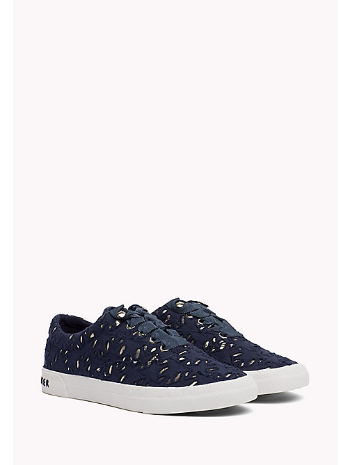 TOMMY HILFIGER Sneakers con dettagli metallici - TOMMY NAVY - TOMMY HILFIGER Sustainable Evolution - immagine principale