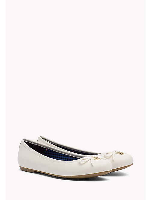 TOMMY HILFIGER Leather Ballerina Shoes - WHISPER WHITE - TOMMY HILFIGER Ballerines - image principale