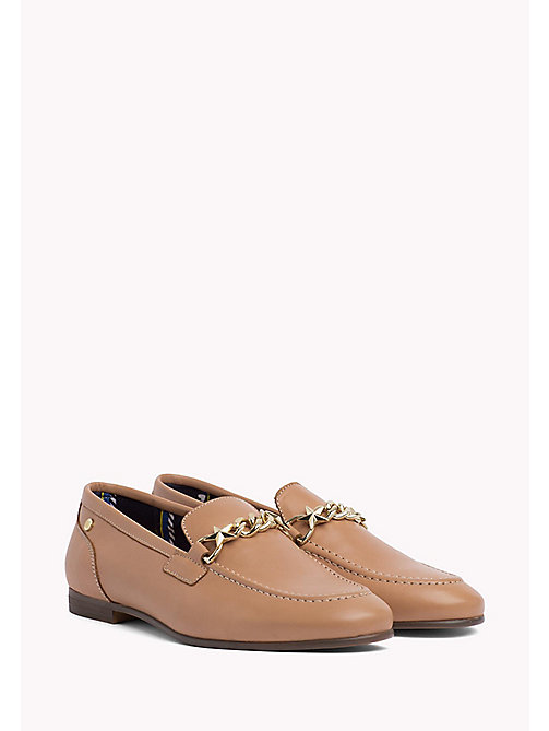 TOMMY HILFIGER Chain Detail Leather Loafers - SILKY NUDE -  Chaussures - image principale