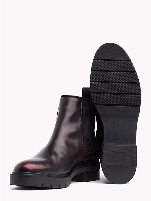 TOMMY HILFIGER Chelsea-Boot aus Leder in Metallic-Optik - DECADENT CHOCOLATE - TOMMY HILFIGER Stiefeletten - main image 1