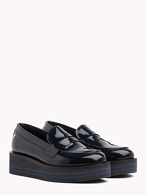 TOMMY HILFIGER Flatform-Loafer aus Lackleder - MIDNIGHT - TOMMY HILFIGER NEW IN - main image