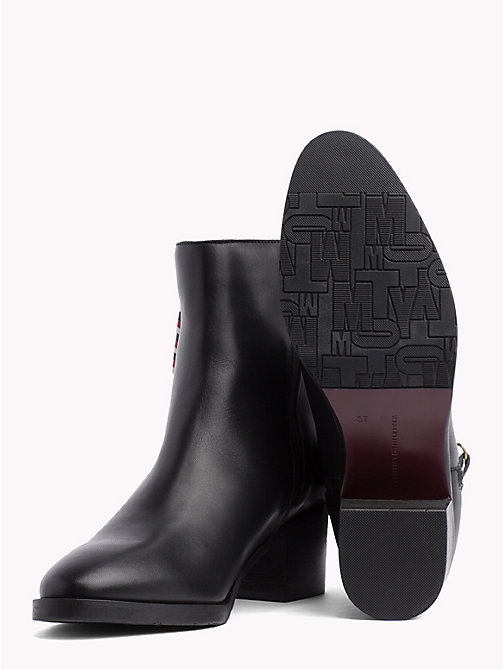 TOMMY HILFIGER CORPORATE TASSEL MID HEEL BOOT - BLACK - TOMMY HILFIGER Ankle Boots - detail image 1