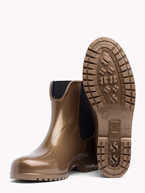 TOMMY HILFIGER CORPORATE BELT SHINY RAIN BOOT - BRASS - TOMMY HILFIGER Ankle Boots - detail image 1
