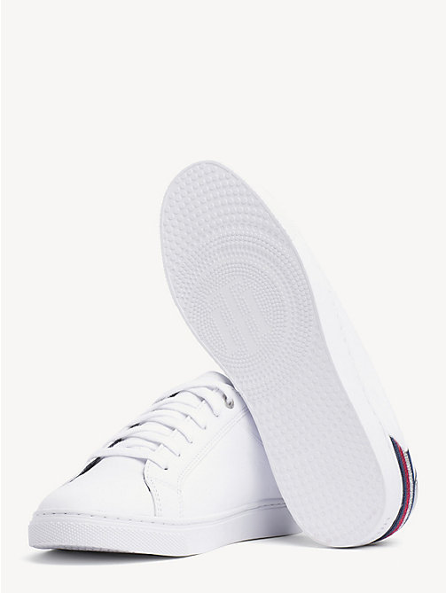 TOMMY HILFIGER Essential Metallic-Sneaker mit Tommy-Streifen - WHITE - TOMMY HILFIGER NEW IN - main image 1
