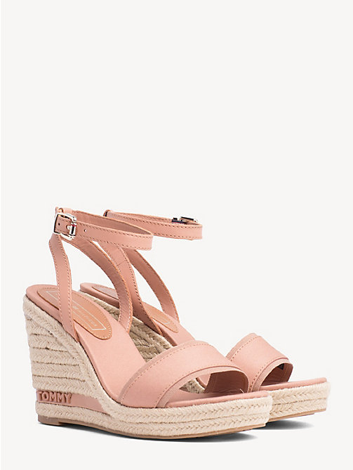 tommy hilfiger sandalen keilabsatz rosa