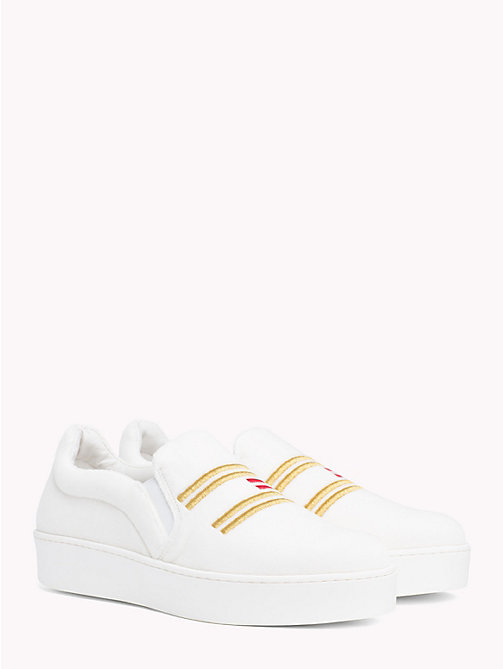TOMMY HILFIGER Baskets slip-on en velours Tommy Icons - SNOW WHITE - TOMMY HILFIGER TOMMY ICONS - image principale