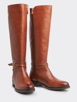 Hoher Leder Stiefel Mit Metall Highlights