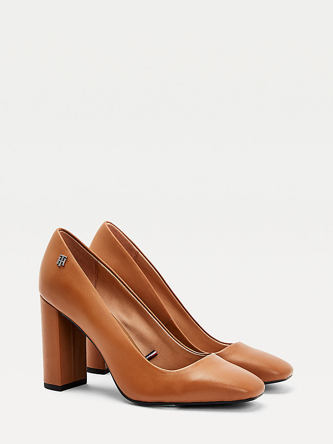 brown monogram plaque square toe court shoes for women tommy hilfiger