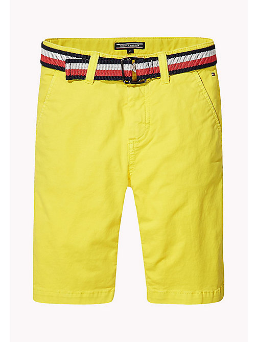 TOMMY HILFIGER Wąskie szorty w stylu chinosów - EMPIRE YELLOW - TOMMY HILFIGER Trousers & Shorts - main image