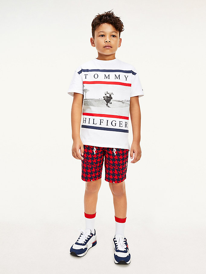 white photo print t-shirt for boys tommy hilfiger