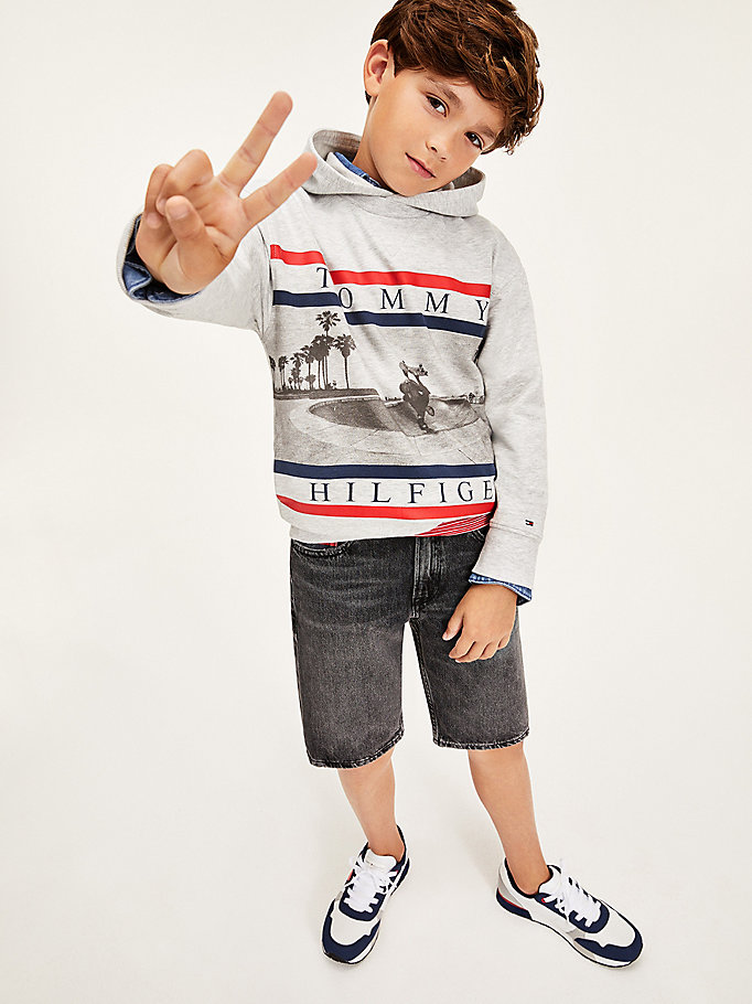 grey colour-blocked photo print hoody for boys tommy hilfiger
