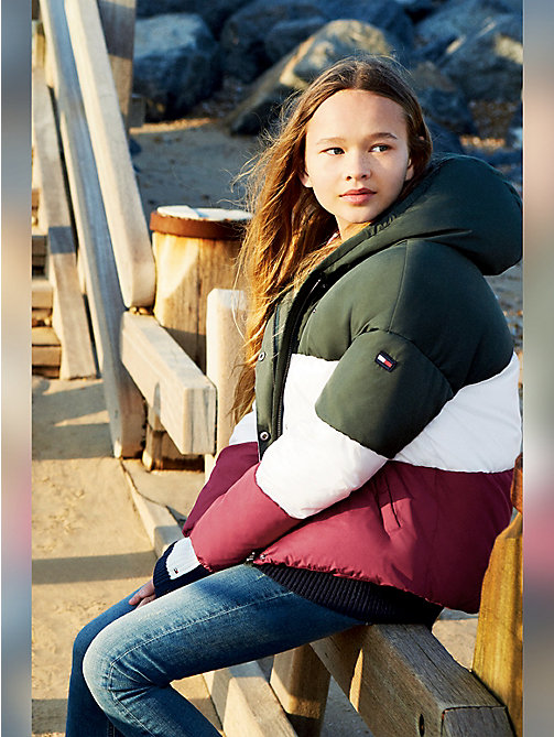 TOMMY HILFIGER Colour-Blocked Puffer Jacket - KOMBU GREEN/SNOW WHITE/RUMBA RED - TOMMY HILFIGER Coats & Jackets - main image