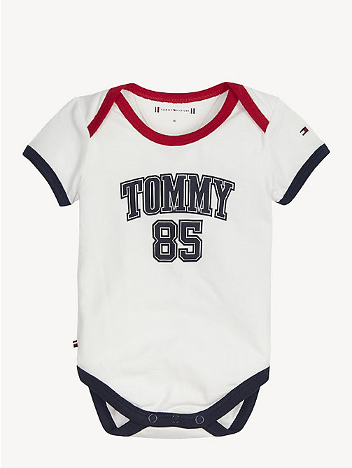 f4d7e6012 TOMMY HILFIGERBody de bebé con logo de Tommy