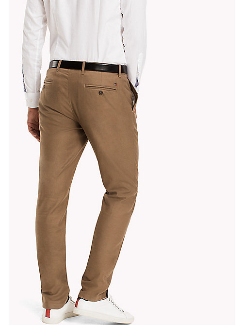 TOMMY HILFIGER Straight Fit Chino - WALNUT - TOMMY HILFIGER Hosen - main image 1