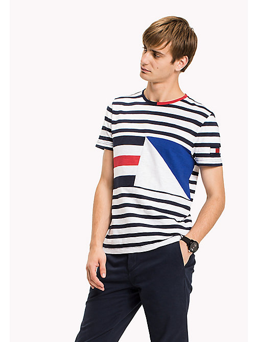TOMMY HILFIGER Sailing Flag Regular Fit Tee - NAVY BLAZER - TOMMY HILFIGER T-Shirts - main image