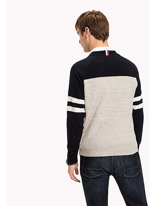 TOMMY HILFIGER Iconic Crew Neck Jumper - OYSTER GRAY HEATHER - TOMMY HILFIGER Knitwear - detail image 1