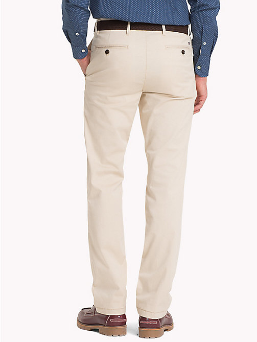 TOMMY HILFIGER Denton Chinos - OYSTER GRAY - TOMMY HILFIGER Kleidung - main image 1