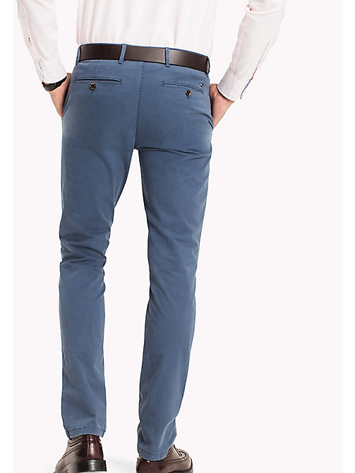 TOMMY HILFIGER Denton Chinos - DARK DENIM - TOMMY HILFIGER Брюки - подробное изображение 1