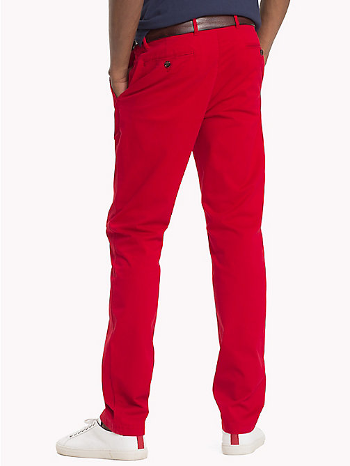 TOMMY HILFIGER Chino Denton - HAUTE RED - TOMMY HILFIGER Sustainable Evolution - image détaillée 1