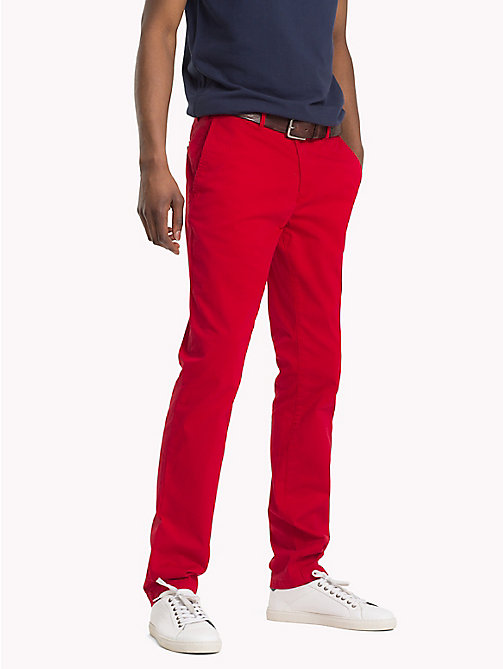 TOMMY HILFIGER Denton Chinos - HAUTE RED - TOMMY HILFIGER Sustainable Evolution - main image
