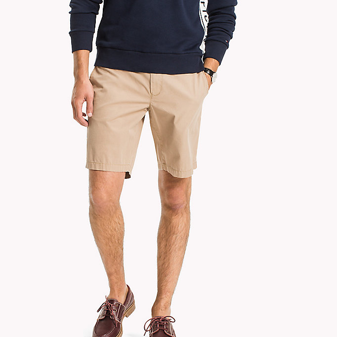 TOMMY HILFIGER Shorts classici regular fit in cotone - BRIGHT WHITE - TOMMY HILFIGER Abbigliamento - immagine principale