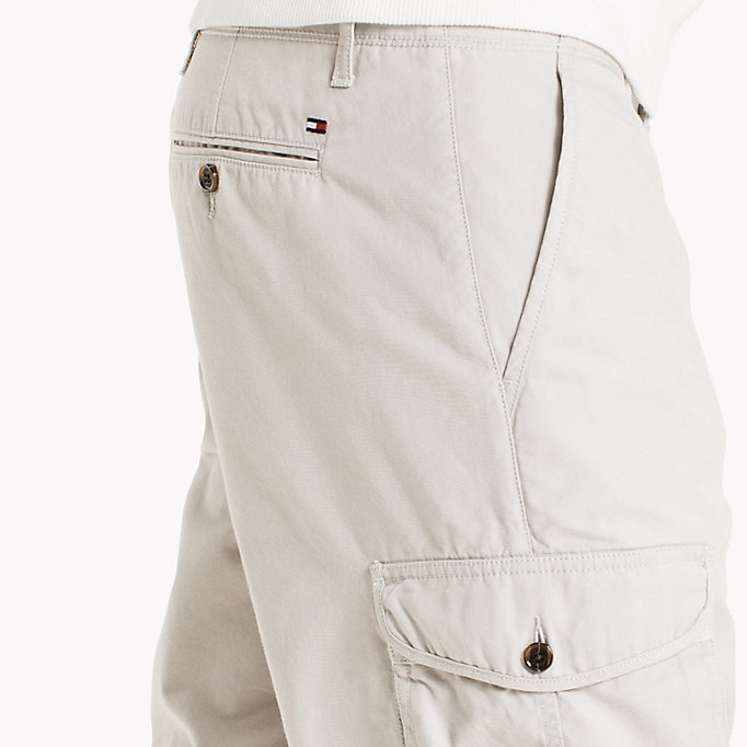 TOMMY HILFIGER Pure Cotton Cargo Shorts - FOUR LEAF CLOVER - TOMMY HILFIGER Men - detail image 3