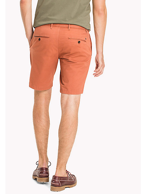 TOMMY HILFIGER Regular Fit Shorts mit Mikroprint - CHUTNEY - TOMMY HILFIGER Shorts - main image 1
