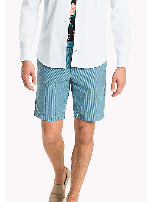 TOMMY HILFIGER Gestreifte Regular Fit Shorts aus Seersucker - SPECTRA GREEN - TOMMY HILFIGER Shorts - main image