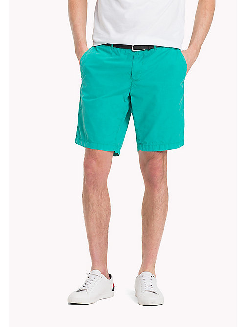 TOMMY HILFIGER Regular Fit Shorts aus Baumwolle - SPECTRA GREEN - TOMMY HILFIGER Shorts - main image