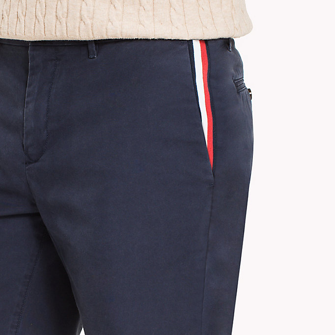 TOMMY HILFIGER Regular fit short met signature-tape - BRIGHT WHITE - TOMMY HILFIGER Heren - detail image 3