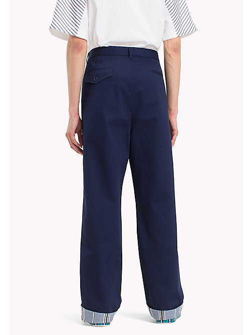 HILFIGER COLLECTION Pantaloni chino oversize in cotone - ASTRAL AURA - HILFIGER COLLECTION HILFIGER COLLECTION - dettaglio immagine 1
