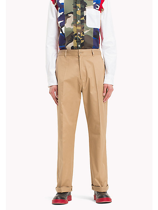 HILFIGER COLLECTION Pantaloni chino taglio comodo con cuciture a contrasto - TIGER'S EYE - HILFIGER COLLECTION Hilfiger Collection - immagine principale