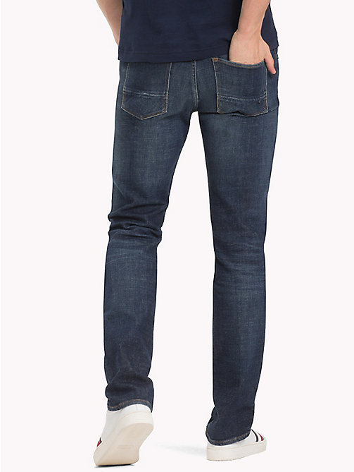TOMMY HILFIGER Vaqueros de algodón mercerizado de corte regular - JOHNSTON BLUE - TOMMY HILFIGER Jeans Regular Fit - imagen detallada 1