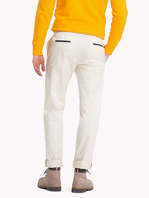 TOMMY HILFIGER D-Ring Buckle Chinos - OYSTER GRAY - TOMMY HILFIGER NEW IN - detail image 1