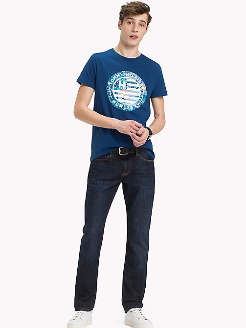 TOMMY HILFIGER T-shirt con logo Tommy Hilfiger - BLUE OPAL - TOMMY HILFIGER Looks per le vacanze - immagine principale